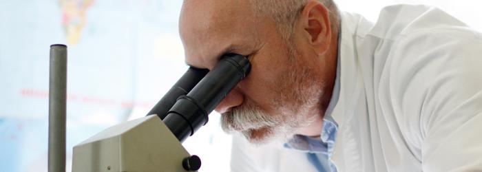 FIS Labor Mikroskop